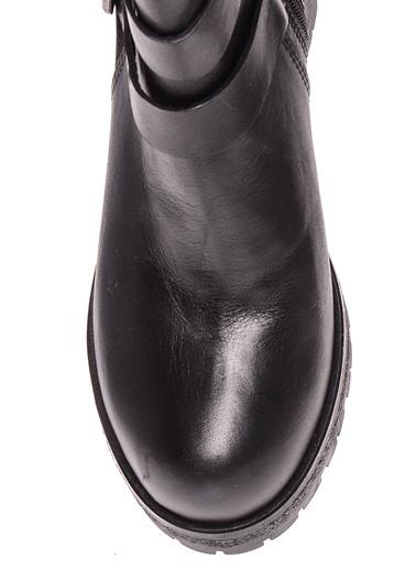 Black Pepper Kalın Topuklu Fermuarlı Bot Siyah